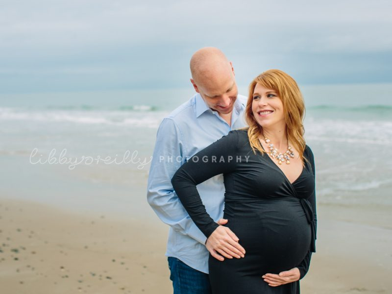 December Sea| Winter Maternity Shoot at the Beach