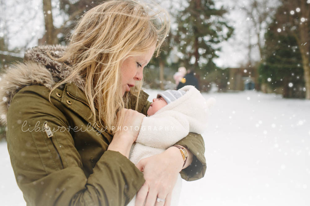 Winter Family & Newborn Lifestyle Photoshoot, Dublin Ireland