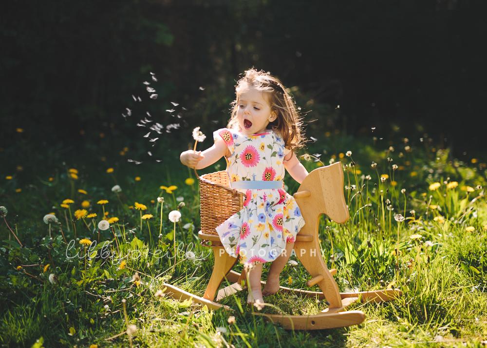 Photoshoot with Dandelions